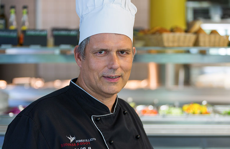 [Translate to English:] Remegius Büdding - Chefkock